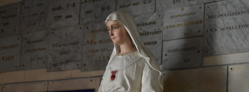 Statue de Notre-Dame de Pellevoisin